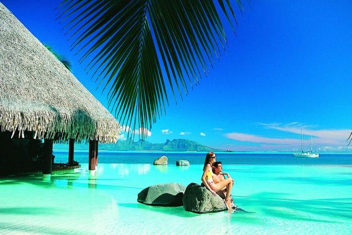 Inter_Tahiti_Swimming_Pool