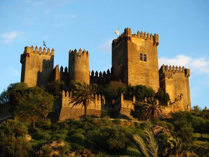 Imponente vista del Castillo de Almodóvar del Río