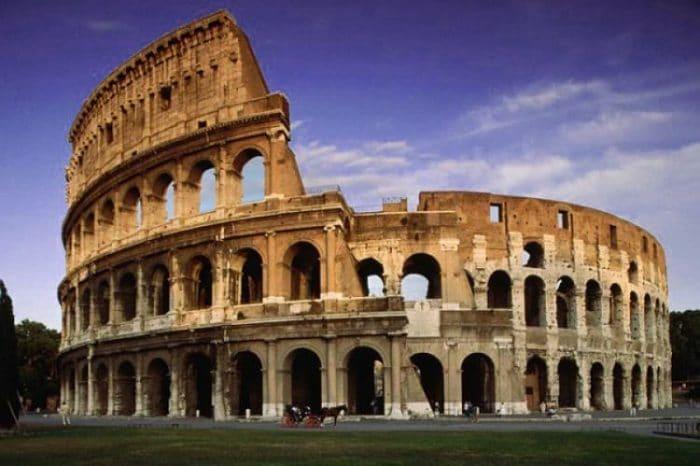 El imponente Coliseo de Roma