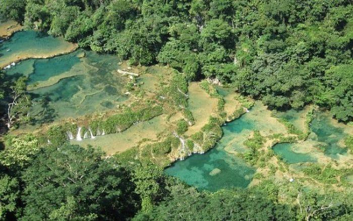 Alucinantes turquesas del Río Cahabón