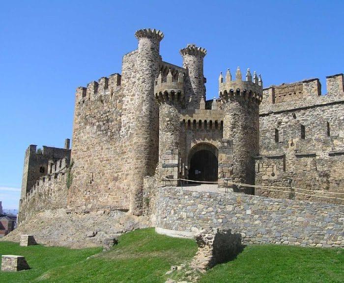 Entrada del Castillo Templario de Ponferrada