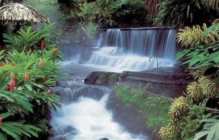 Cascadas de las Termales de Arenal