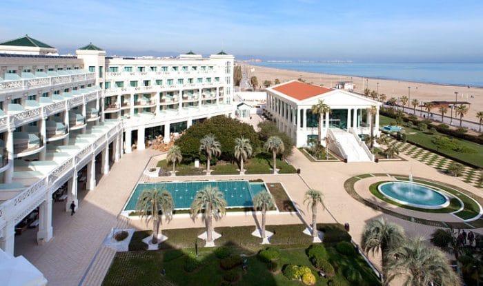 Fantástica vista panorámica de las instalaciones del Hotel las Arenas