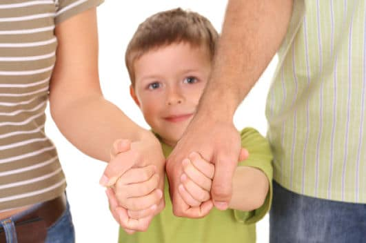 Procura no perder de vista los pequeños, preferiblemente mantenlos siempre de tu mano