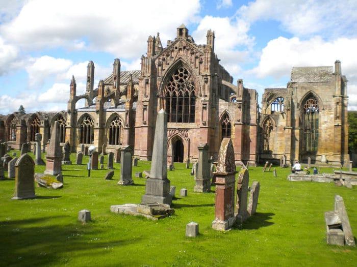 Las ruinas de la Abadía de Melrose