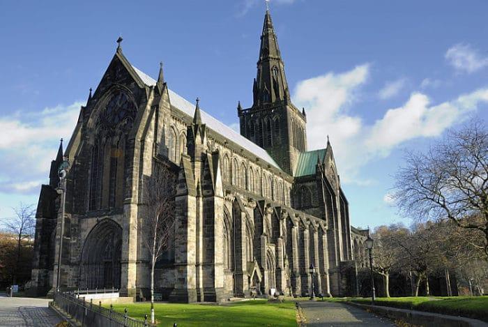 Imponente vista de la Catedral de Glasgow