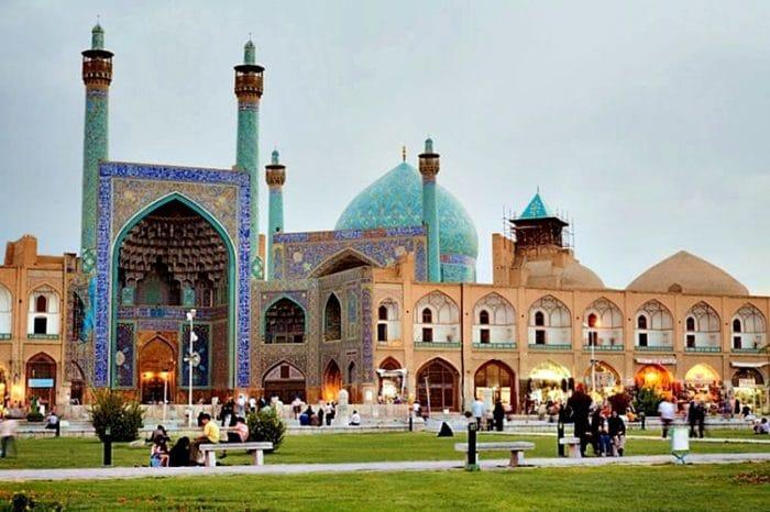 Hermosos colores de la Mezquita del Shah