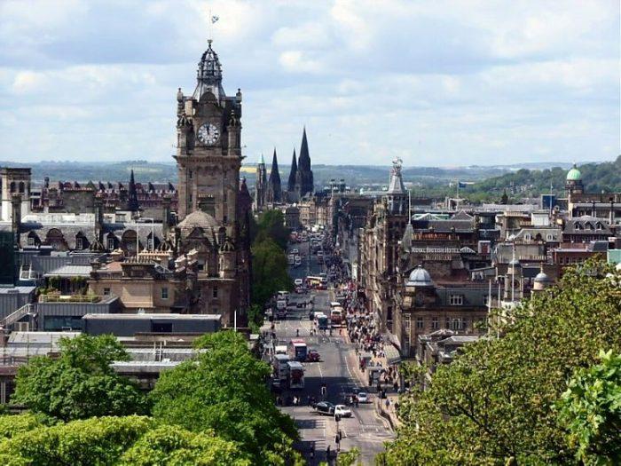 Vista de la Princess Street en Edimburgo