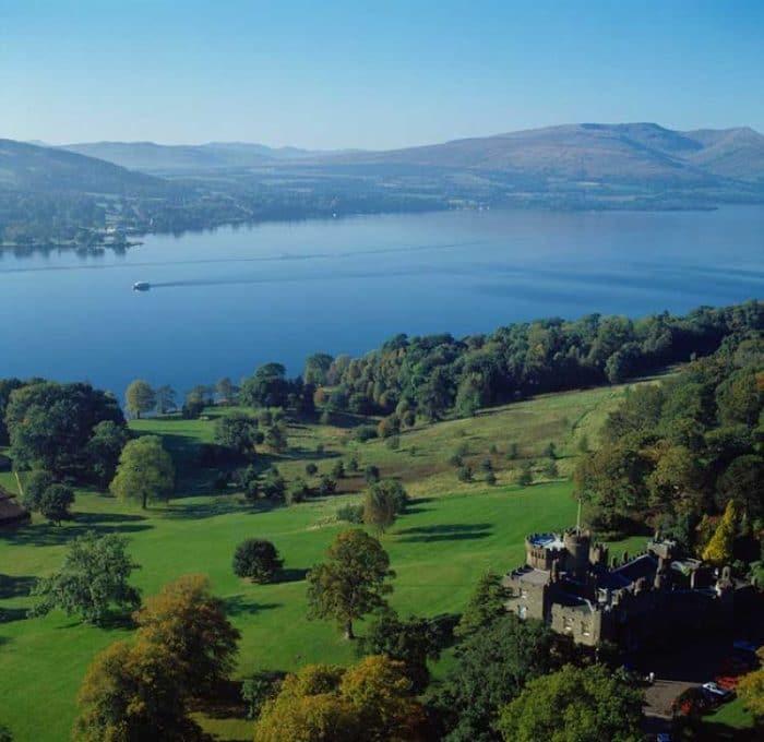 Hermosa vista del Paisaje del Parque Nacional Loch Lommond & The Trossach