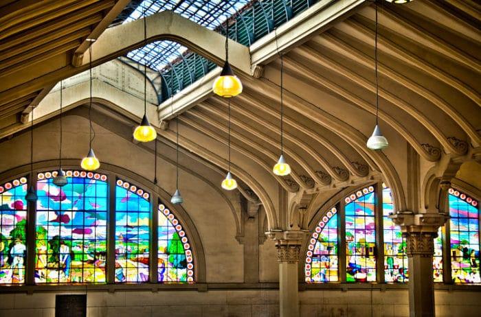 Hermosos vitrales del Mercado municipal de Sao Paulo