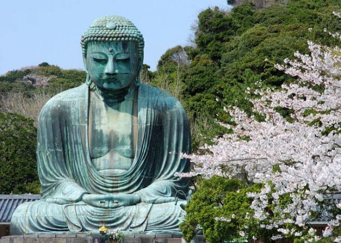 La estatua de Buda hecha en bronce conocida como Daibitsu
