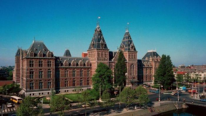 El Rijksmuseum en Ámsterdam