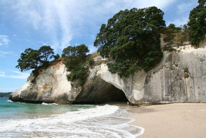 Cueva catedral en la Península de Coromandel