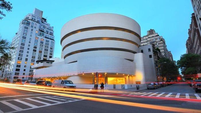 Exterior del edificio que alberga el Museo Solomon R. Guggenheim