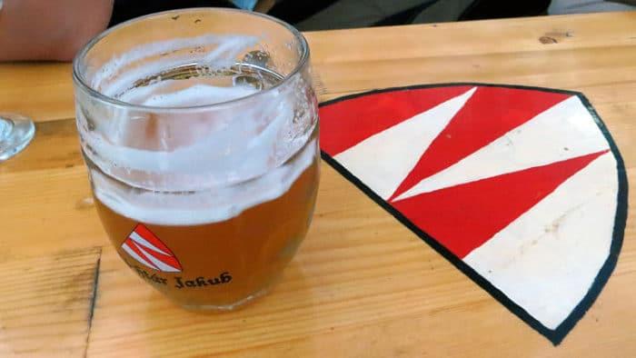 Una de las cervezas locales proveniente de una micro cervecería