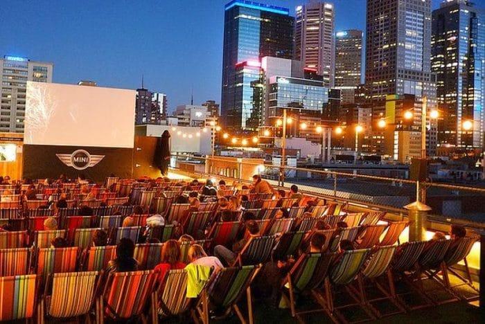 Hermosa vista panorámica que se disfruta desde el Roof Top Cinema