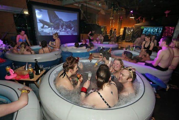 Hot Tub Cinema en el Reino Unido
