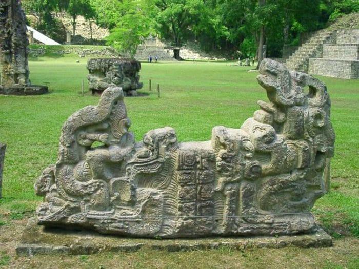 Una de las esculturas que permanecen de la cultura Maya en Copán