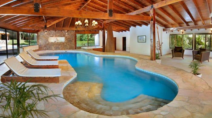 Conoce los 10 mejores hoteles de argentina turismo y viajes for Piscinas cubiertas salamanca
