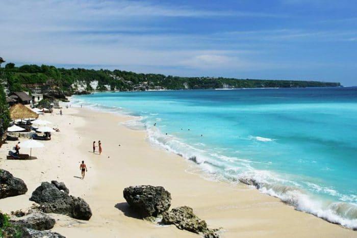 Costa de la playa de Kuta