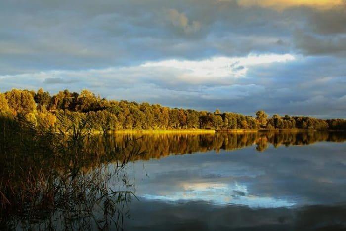 Uno de los lagos del área de Masuria