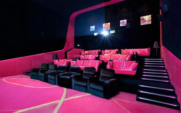 Sala rosada del Orange Cinema Club de China