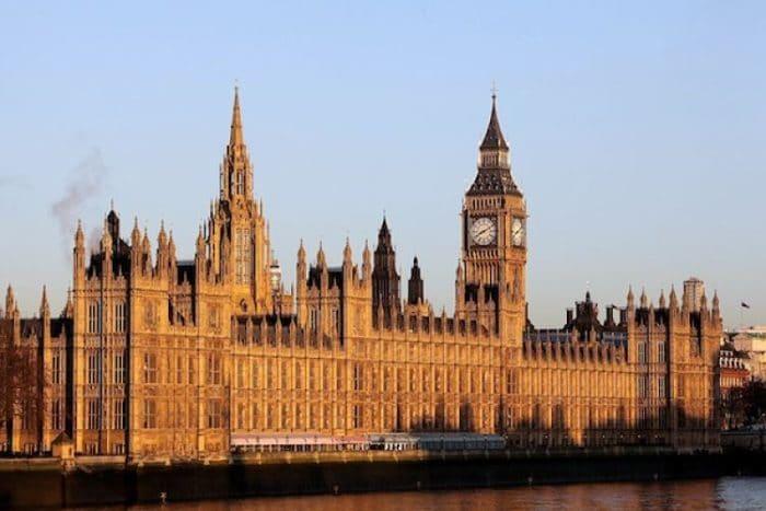 Palacio de Westminster en todo su esplendor