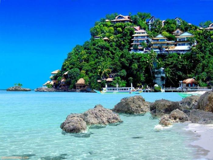 Hermosa playa de aguas cristalinas de Boracay