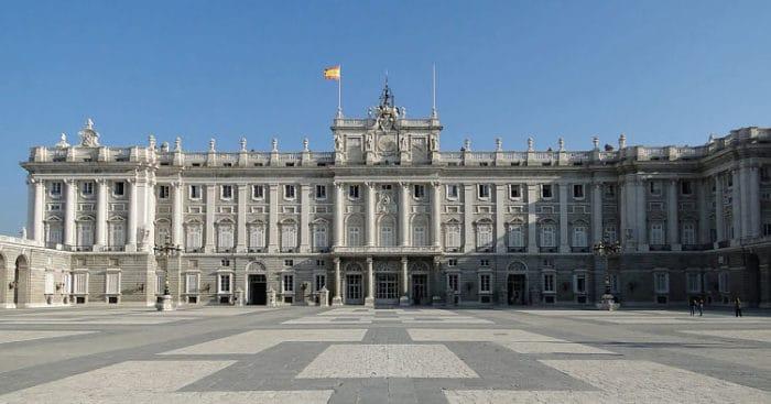 Frente del Palacio Real de Madrid