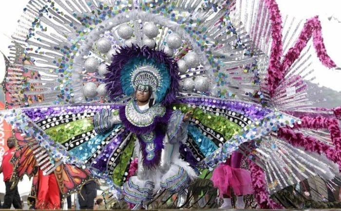 Una de las participantes de los desfiles del Carnaval de Trinidad y Tobago