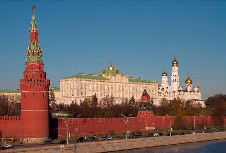 Parte de las estructuras dentro del Kremlin de Moscú
