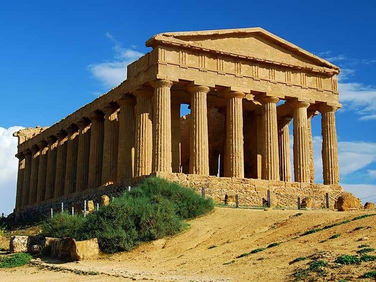 Resultado de imagen de arquitectura griega templo de zeus