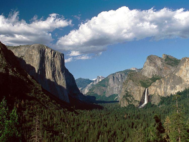 Vista desde el mirador Vista de Túnel del Parque Nacional Yosemite