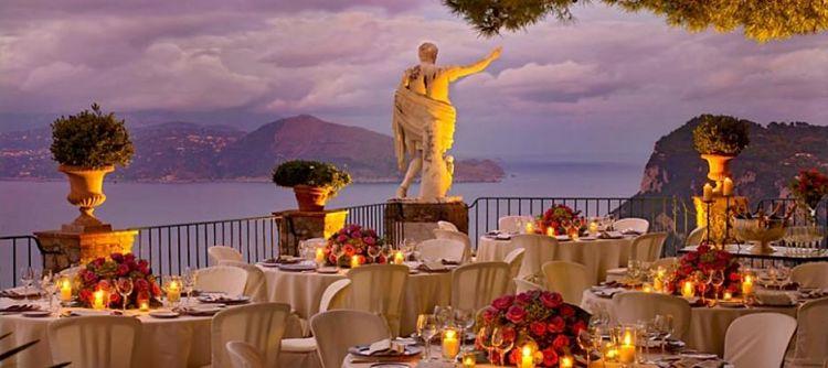 Terraza del Hotel Caesar Augustus