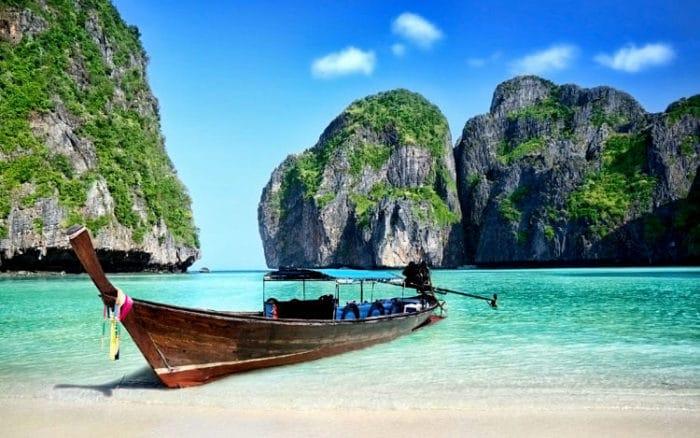 La hermosa playa de Maya Bay en las Islas Phi Phi