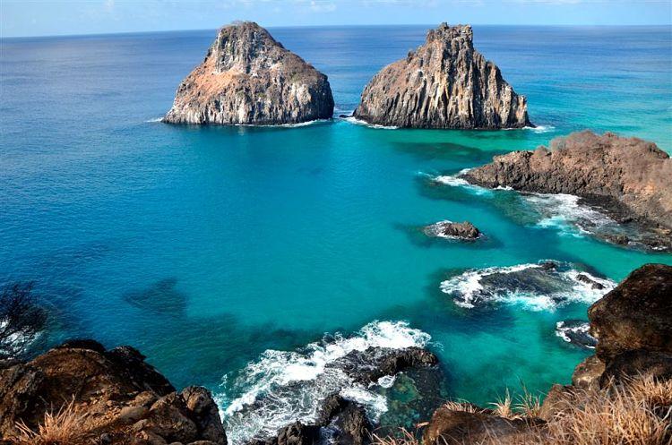 Parte del hermoso paisaje del Parque Nacional Marítimo Fernando de Noronha