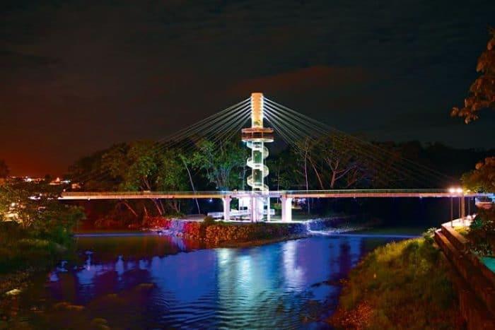 Puente de la Selva Tena