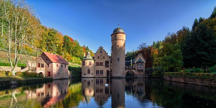 Castillo Mespelbrunn