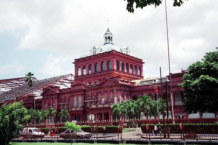 Casa Roja del Parlamento en Puerto España, Trinidad