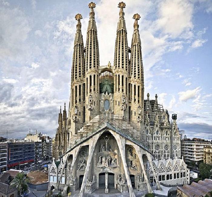 esta es una de las iglesias más imponentes del mundo