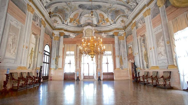 Ca'Rezzonico Interior