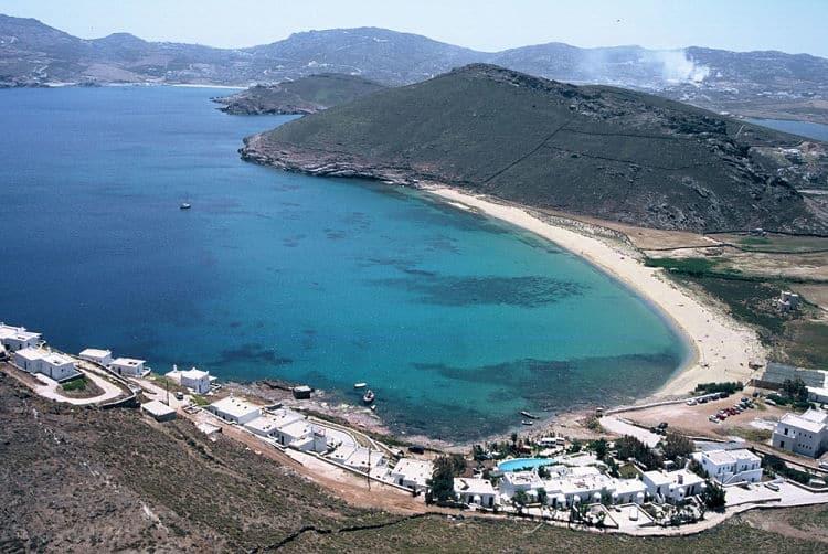 Playa Panormos