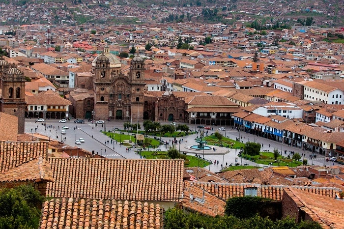 ven y conoce las atracciones turísticas de Perú