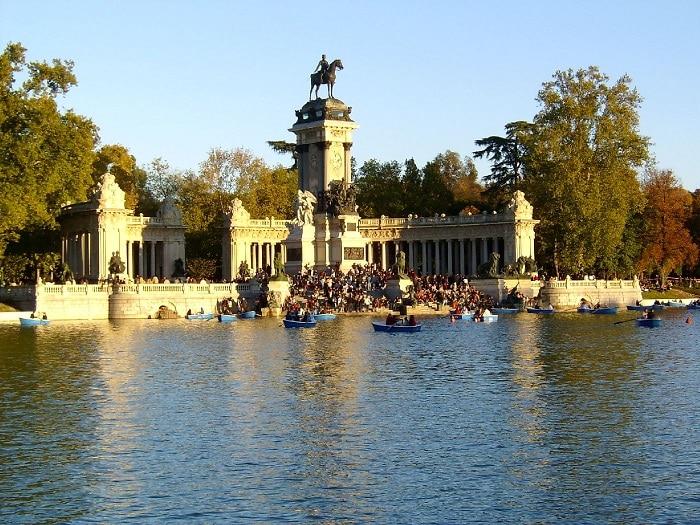 visita las atracciones turísticas en España
