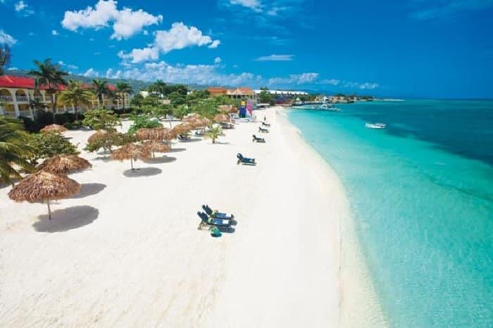 ven y visita las atracciones turísticas en Jamaica