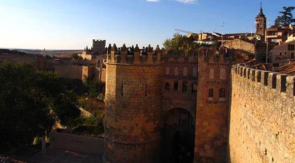 Resultado de imagen de Murallas de Segovia