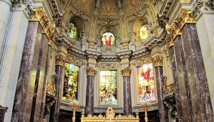 Interior de la Catedral de Berlin