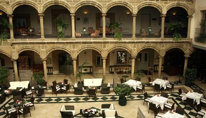 Hoteles de Ávila