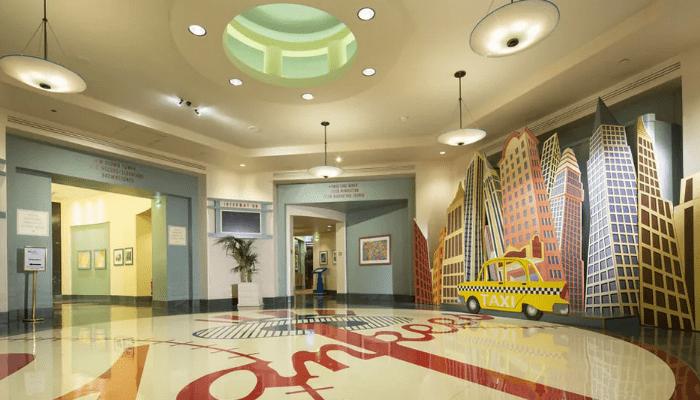 Disney's Hotel New York, Chessy