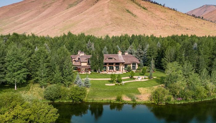 Eagle Lake Estate
